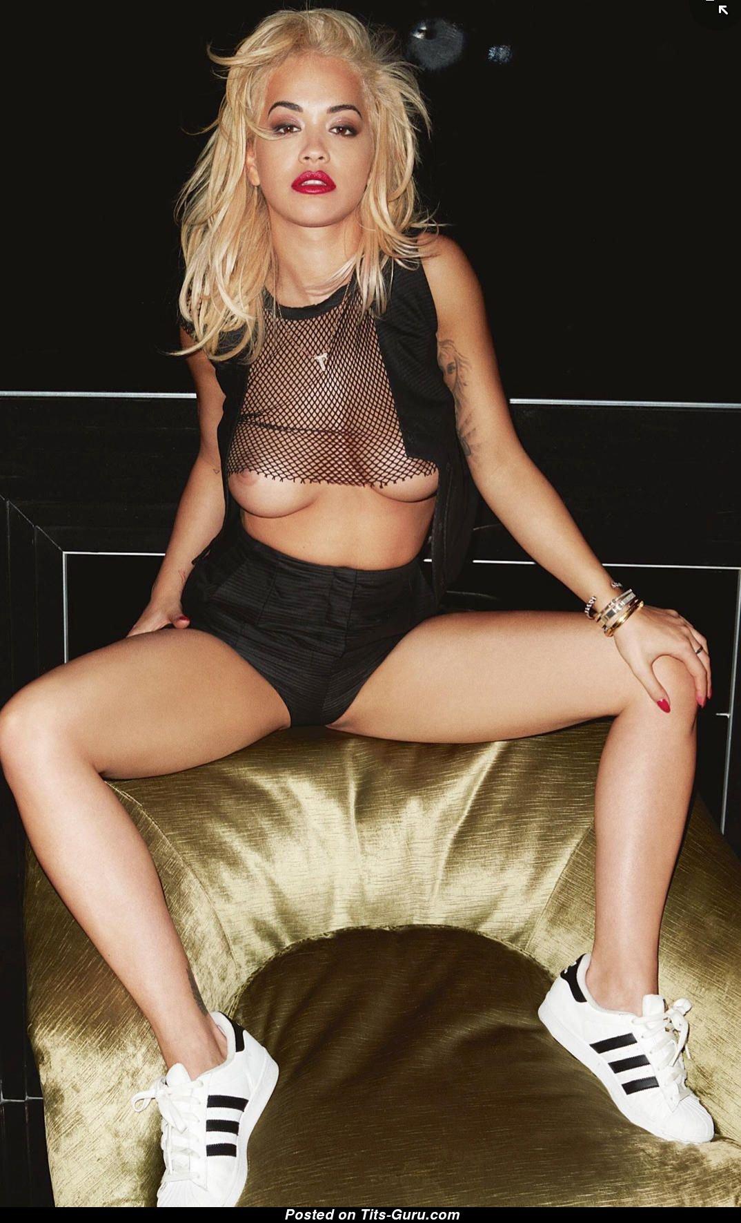Rita Ora Topless Amp Wet Blonde Singer Amp Actress With Open