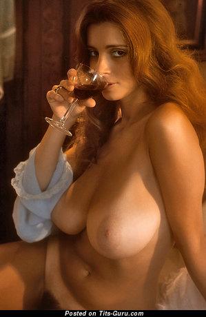 Изображение. Janet Lupo - фото сексуальной голой леди с большой натуральной грудью ретро
