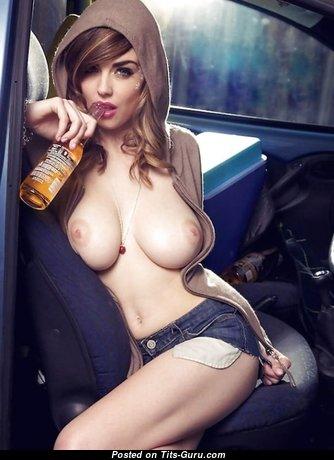 Wonderful Naked Babe with Puffy Nipples (18+ Pix)
