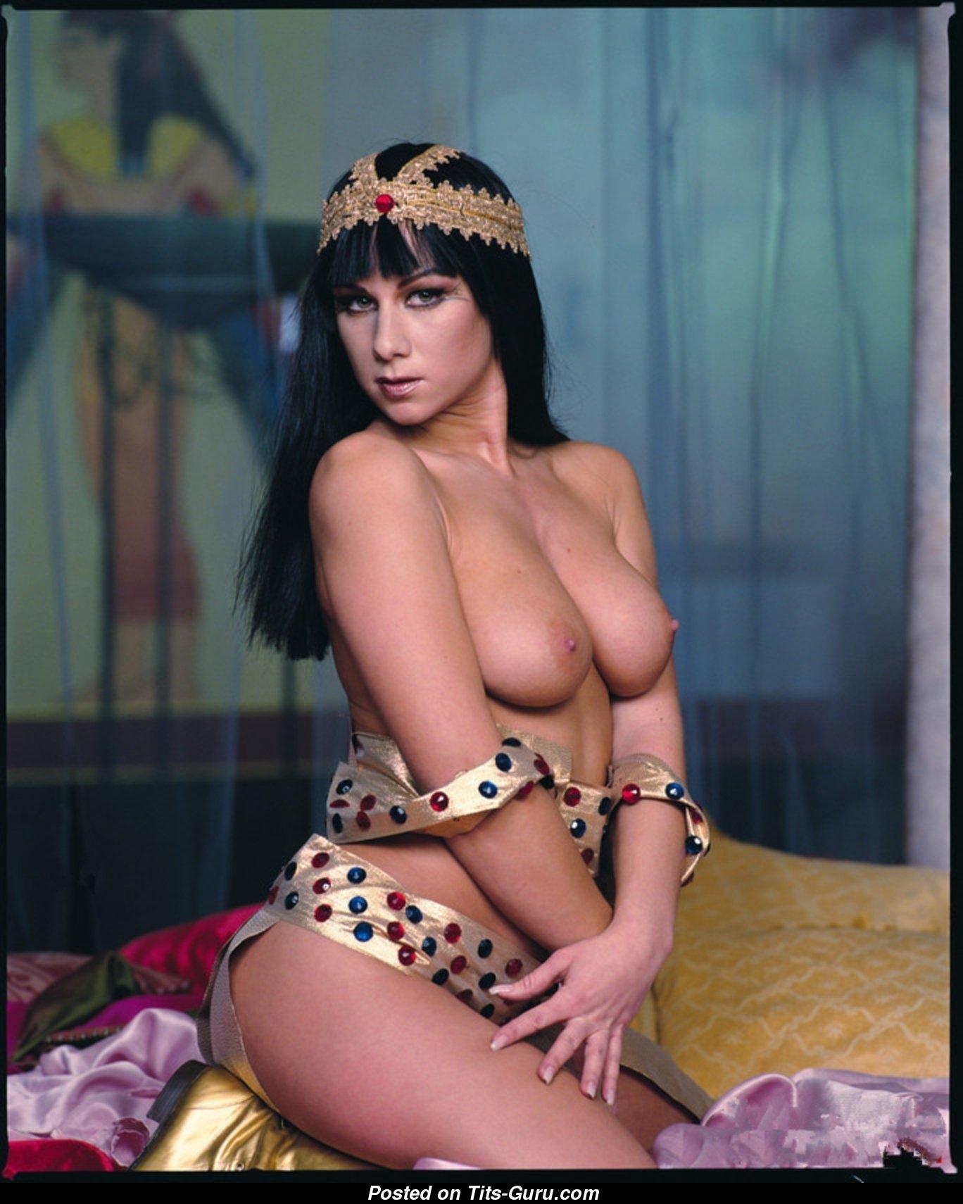 Екатерина обнажённая царица полная порногафическая версия