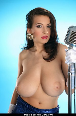 Image. Jana Defi Maria Swan - naked brunette with big natural tots picture