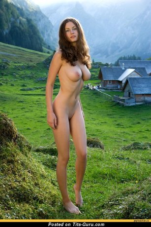 Image. Nude hot girl with medium tots pic