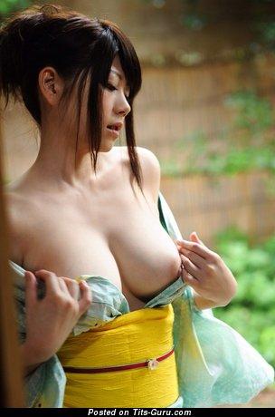 Sexy Asian Skirt with Sexy Open Mega Boobs (Hd Sex Photo)