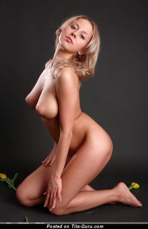 Image. Mandy Dee - naked awesome woman image