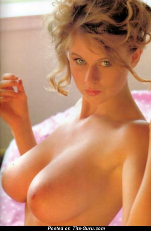 Lu Varley - фотка красивой голой чувихи