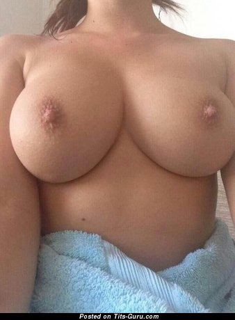 The Best Topless Floozy with Stunning Bare Real Normal Knockers (Amateur Selfie Porn Pic)
