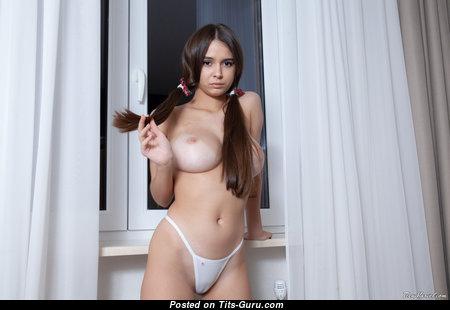 Kayley - Yummy Chick with Yummy Naked Medium Sized Boobs & Long Nipples in Bikini (4k Xxx Pix)