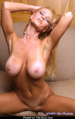 Laura Shay Selway - nude amazing girl with fake boobies photo