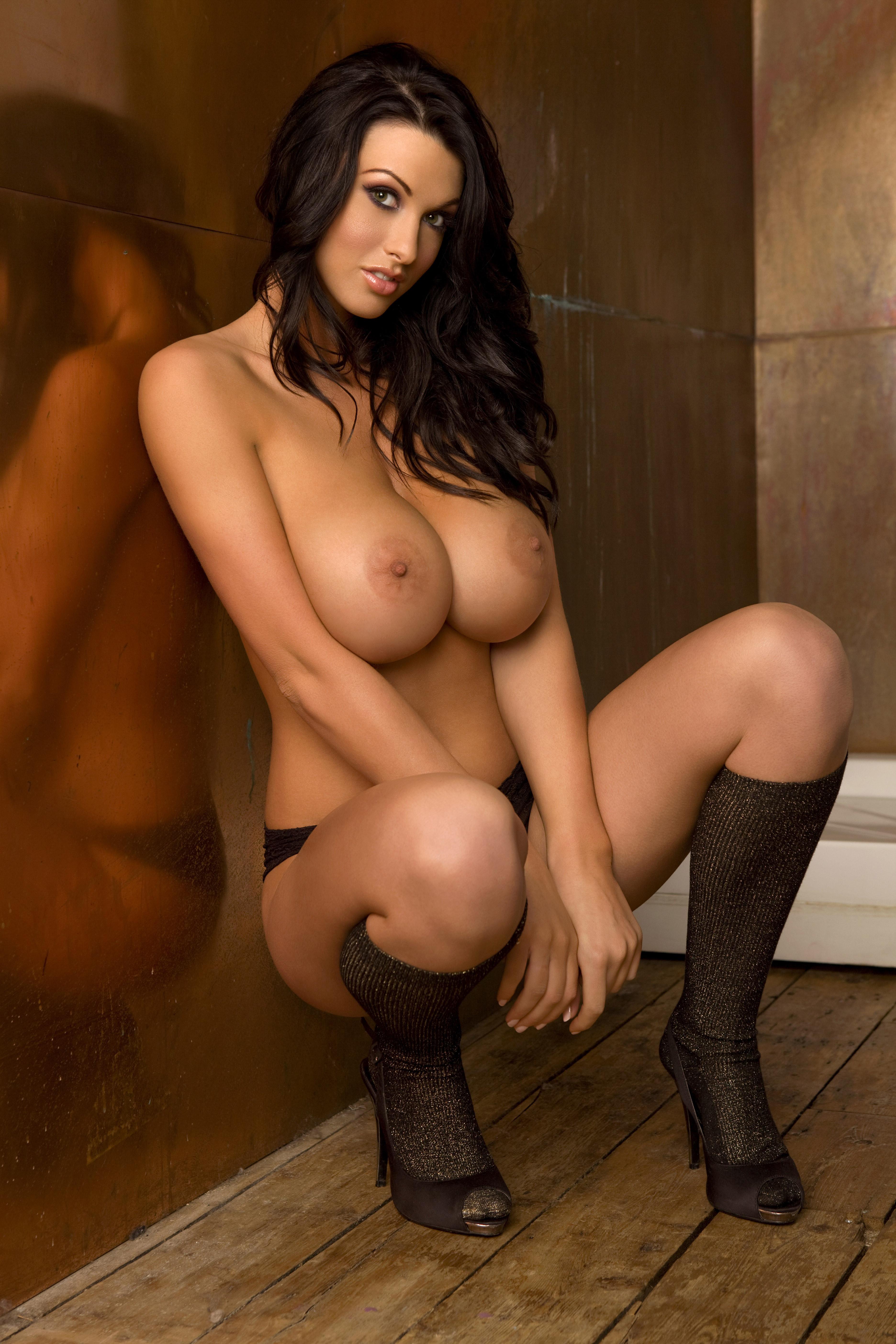 Фото красивых девушки голых с большими сиськами 12 фотография