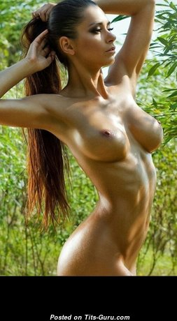 Gorgeous Unclothed Babe (Hd Sexual Pix)