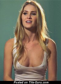Good-Looking Lady Shaking Fascinating Naked Real C Size Jugs (Sexual Gif)