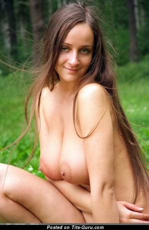 Eekat - nude brunette with medium natural tots picture