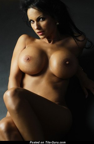 Image. Nude hot girl with fake tits image