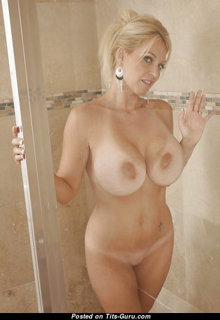 Charlee Chase - Pleasing American Blonde Pornstar with Pleasing Exposed Fake Chest (18+ Pix)