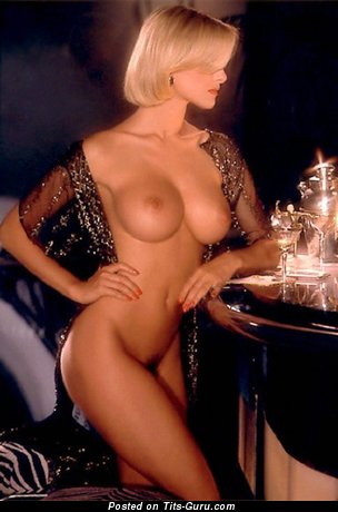 Peggy McIntaggart - Handsome Topless & Glamour Canadian Playboy Blonde with Handsome Bare D Size Tittes, Big Nipples, Sexy Legs (Vintage Porn Photoshoot)