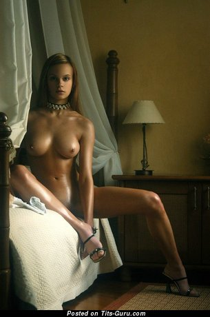 Image. Hot female with big tittys picture