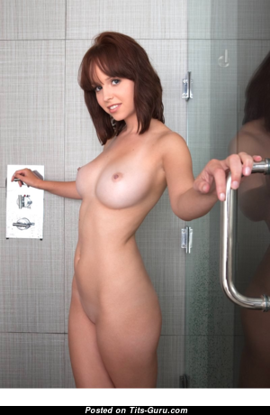 Lilly - Awesome Glamour American Brunette with Awesome Bald Real C Size Tittys, Pointy Nipples, Tan Lines in the Shower (Hd Xxx Pic)