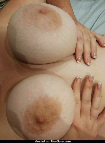 Justine Teton25 - Amazing Naked Brunette Pornstar (4k 18+ Wallpaper)
