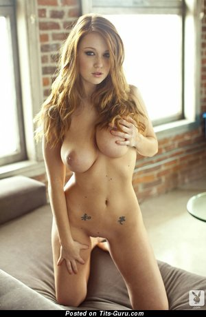 Pleasing Babe with Pleasing Bald Natural Med Boobie (Hd 18+ Pix)