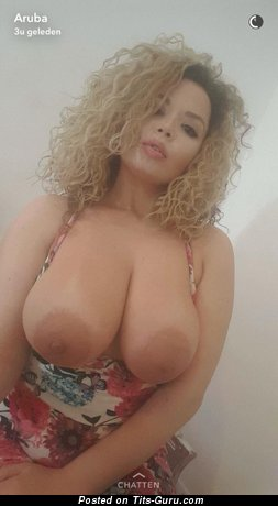 Aruba Jasmine: naked latina blonde with big natural boobies picture