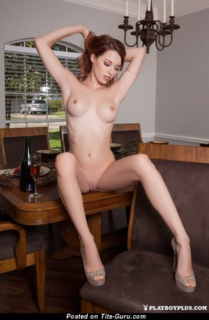 Caitlin Mcswain - Yummy Naked Red Hair (Porn Foto)