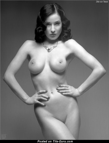 Dita Von Teese - The Nicest American Moll with The Nicest Naked Dd Size Boob (Sexual Photoshoot)