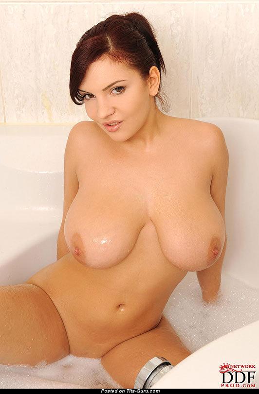 Сиськи лана иванс фото, секс массаж красивые телки