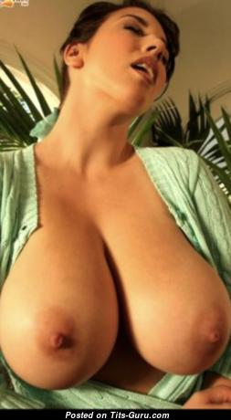 Leanne Crowe - Grand Naked Brunette (Hd Xxx Photo)