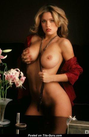 Gig Gangel - Graceful American Playboy Blonde with Graceful Bald Real Boobie (Sexual Image)