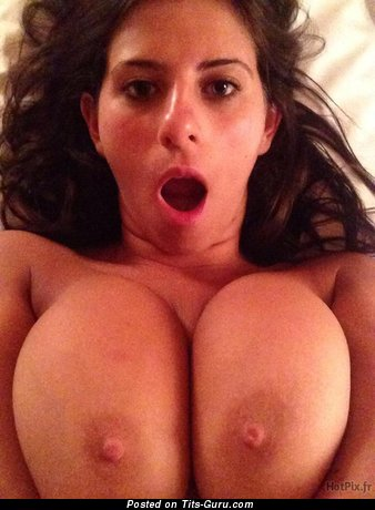 Image. Naked awesome woman with big natural boob pic