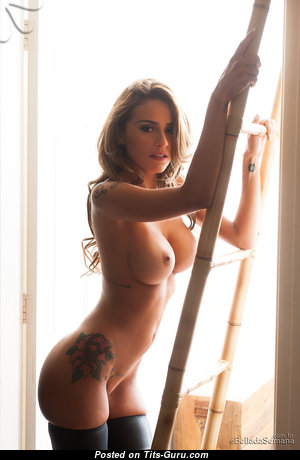 Grand Topless Brunette Babe with Tan Lines (Hd Xxx Photoshoot)