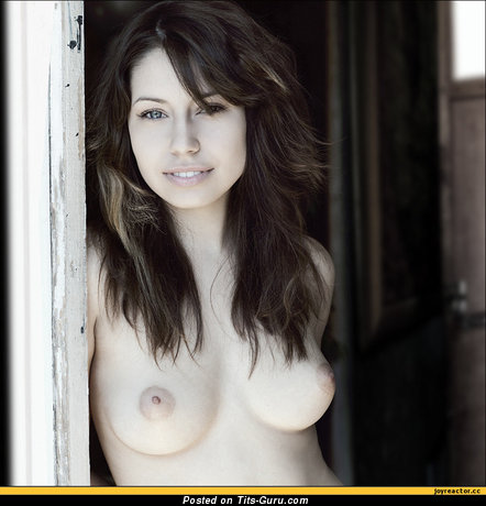 Image. Naked awesome woman with medium natural breast image