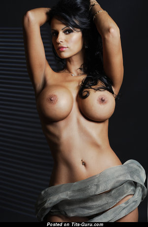 Image. Adina Barbu - naked brunette with big tits photo