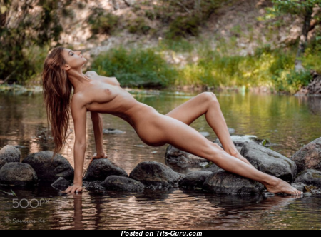 Ilvy Kokomo - The Nicest Topless Brunette with The Nicest Naked Real Boobys (Xxx Picture)
