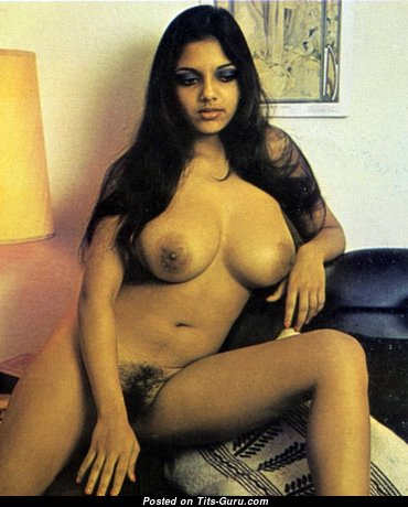 Ann Stephens - Fascinating Dish with Fascinating Naked Natural Firm Tittys (Vintage Sex Image)