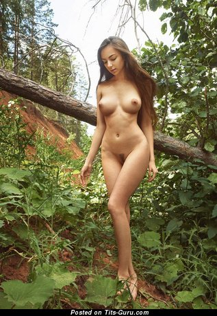 Sexy nude awesome lady with medium natural boobies picture