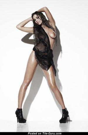 Image. Emma Frain - naked amazing lady pic