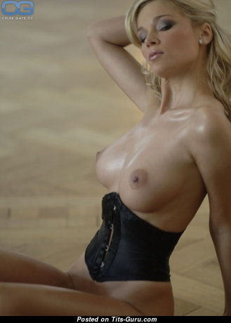 The Nicest Blonde Babe with The Nicest Bald Medium Sized Boobie (18+ Pic)