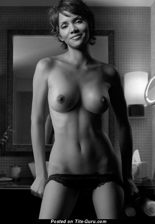 Image. Halle Berry - nude hot woman pic