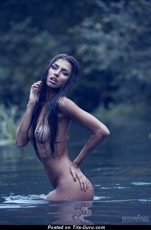 Image. Valentina Kolesnikova - wet naked brunette with medium tots image