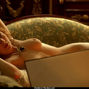 Kate Winslet - Charming Topless British Blonde Actress with Charming Naked Natural D Size Tits (Hd Sex Foto)