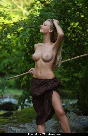 Superb Babe with Superb Naked Natural C Size Tits (Sex Photoshoot)