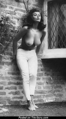 Marvelous Naked Doxy (Vintage Xxx Pic)