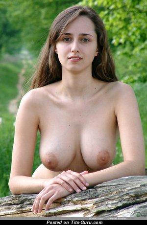 Zuzana - sexy naked wonderful girl with medium natural boobies and big nipples pic