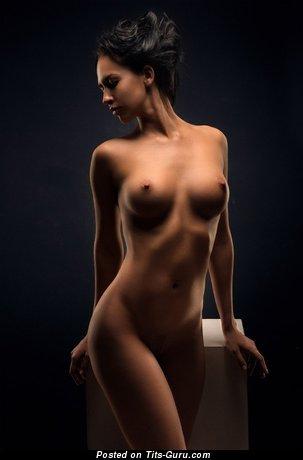 Image. Nude nice woman with medium breast image