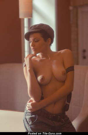 Image. Naked nice lady with medium natural breast image