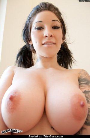 Angel Blaze - sexy nude brunette with big tits photo