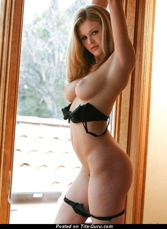 Изображение. сиськи фото: натуральная грудь