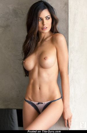 Image. Naked amazing woman with medium tittes image