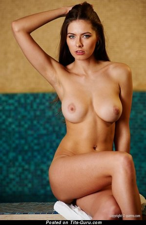 Image. Nude nice woman with medium natural tittys image